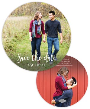 Round Save the Date-Photo